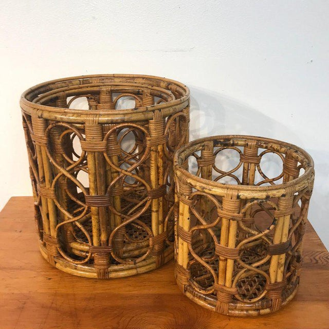 Mid-Century Modern Set of Three Graduating/ Nesting Bamboo, Rattan and Reed Nesting Side Tables For Sale - Image 3 of 13