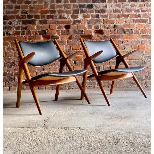 Mid-Century Modern Hans Wegner Sawbuck Chairs Model CH-28 by Carl Hansen 1950s - A Pair For Sale - Image 3 of 13