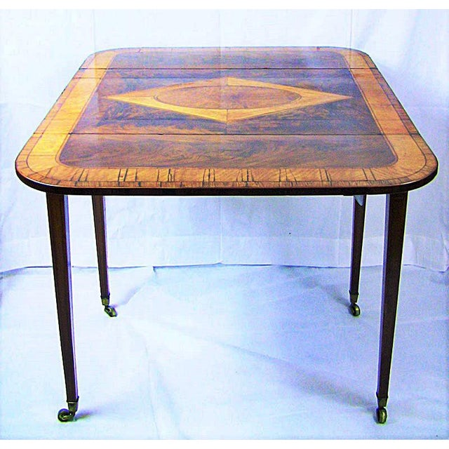 English Traditional 18c Sheraton Period George III Pembroke Table For Sale - Image 3 of 7