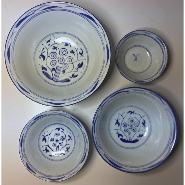 4 Vintage Chinese Blue & White Nesting Bowls - Image 3 of 7