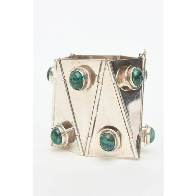 Modern Sterling Silver & Malachite Sculptural Cuff Bracelet Vintage For Sale - Image 3 of 10