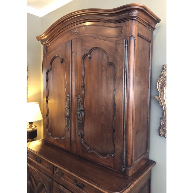 Mid 18th Century French Provincial Walnut Buffet-A-Deux-Corps/Cabinet For Sale - Image 5 of 6