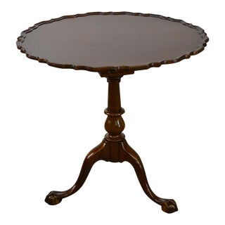 Biggs Kittinger Chippendale Style Mahogany Tilt Top Pie Crust Table For Sale
