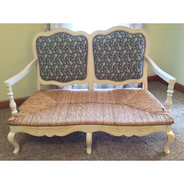 Country Antique Styled White Country French Provential Rush Seat Settee For Sale - Image 3 of 13