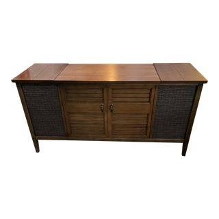 Mid-Century Modern Stereo Console For Sale