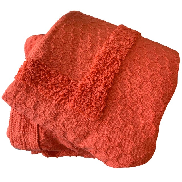 *Popping!* 1960s Twin/Full Cotton Chenille Coverlet in Persimmon - Excellent Condition For Sale