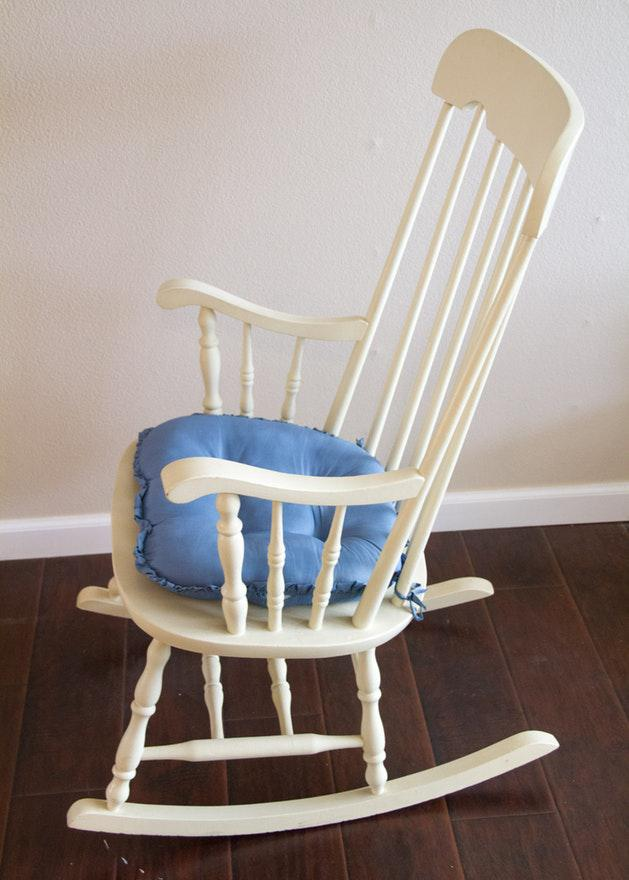 Nichols And Stone Style Windsor White Wooden Rocking Chair For Sale   Image  4 Of 6