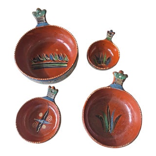 1940s Tlaquepaque Pottery Nesting Bowls With Handles - Set of 4 For Sale