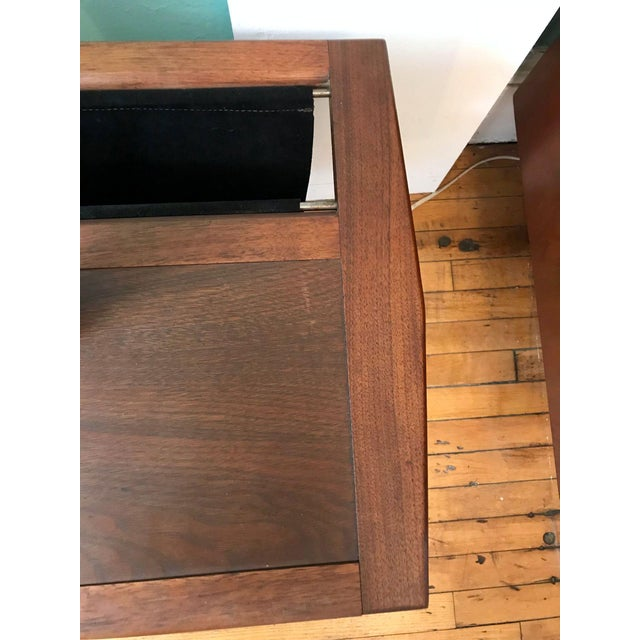 Brown Laurel Mid-Century Floor Lamp With Table & Magazine Holder For Sale - Image 8 of 10