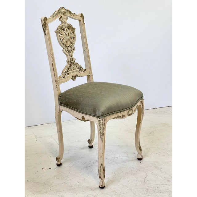 Early 20th Century Italian Parcel Gilt Vanity Chair For Sale - Image 5 of 12