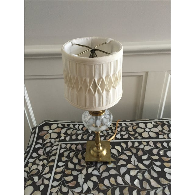 White Coin Spot Art Glass Table Lamp - Image 4 of 4