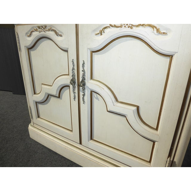 White Thomasville French Country White & Gold Server For Sale - Image 8 of 11