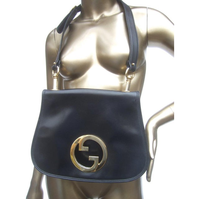 Gucci 1970s Gucci Italy Ebony Leather Blondie Shoulder Bag For Sale - Image 4 of 11