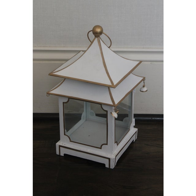 Asian Cream and Gold Pagoda Shaped Lantern For Sale - Image 3 of 8