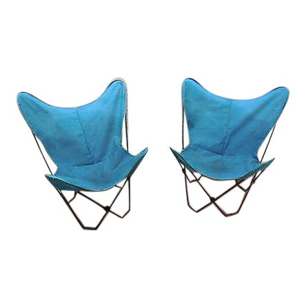Mid Century Modern Pair of Folding Iron & Canvas Butterfly Chairs For Sale