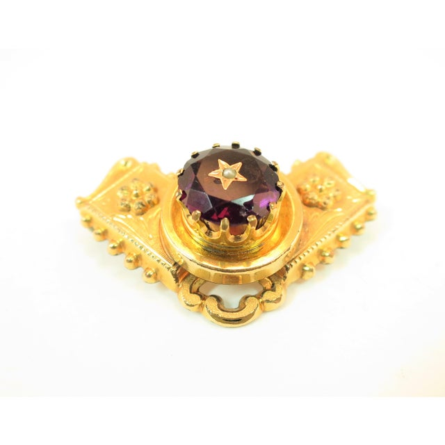 Early 19th Century Georgian 10k Gold Carved Amethyst Brooch1830 For Sale - Image 5 of 13