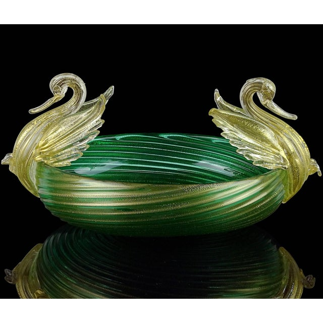 Art Deco Seguso Vetri d'Arte Murano Green Gold Leaf Swans Italian Art Glass Bowl For Sale - Image 3 of 8