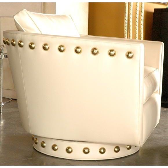 Paul Marra Customizable Paul Marra Swivel Lounge Chair For Sale - Image 4 of 10