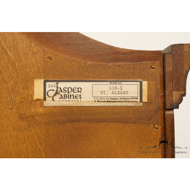 """Jasper Cabinet St. Albans Collection 28"""" Display Curio Cabinet 338-1 For Sale - Image 10 of 12"""