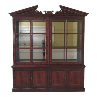 Traditional Henredon Natchez Collection Mahogany Sliding Door Breakfront For Sale
