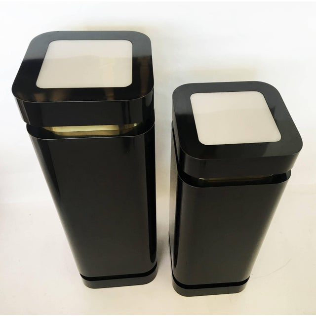 Modern Pair of Black Lacquer and Brass Pedestals For Sale - Image 3 of 8