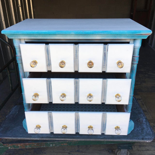 1980s 1980s Pulaski Furniture Nightstand W/ Crystal Pulls For Sale - Image 5 of 13
