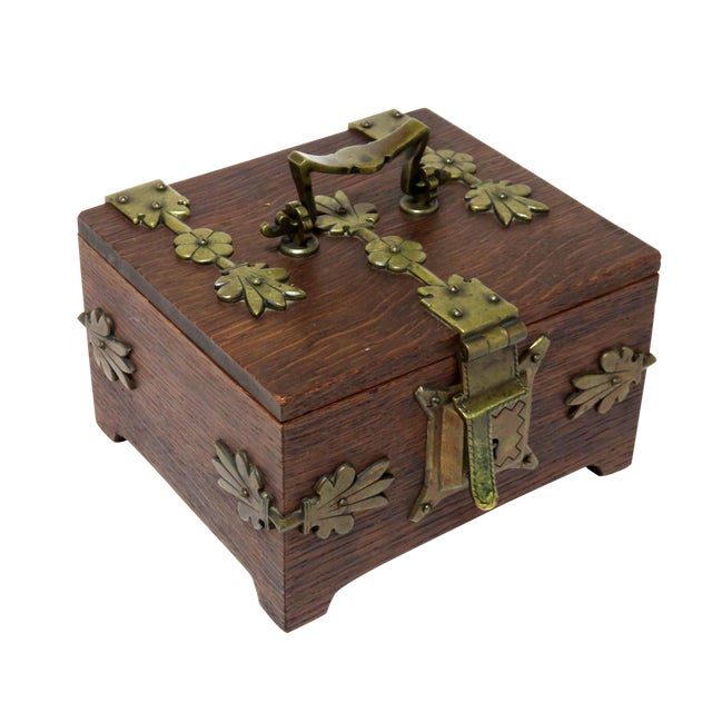 Early 20th Century Antique Arts & Crafts Oak and Bronze Box For Sale