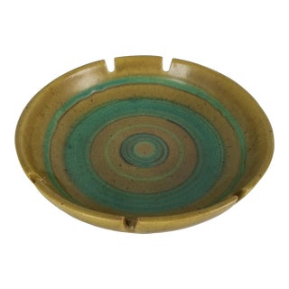 1970s Mid-Century Modern Glidden Pottery Ashtray. For Sale