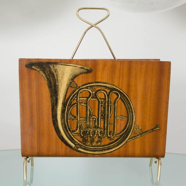 Mid-Century Modern Vintage Blonde Wood Magazine Rack With Musical Instrument Design For Sale - Image 3 of 5