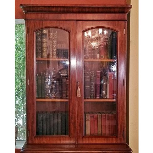 A BEAUTIFUL British Mahogany Bookcase…..Regency William IV period…..circa 1835. Lovely neat proportions……..perfect for...