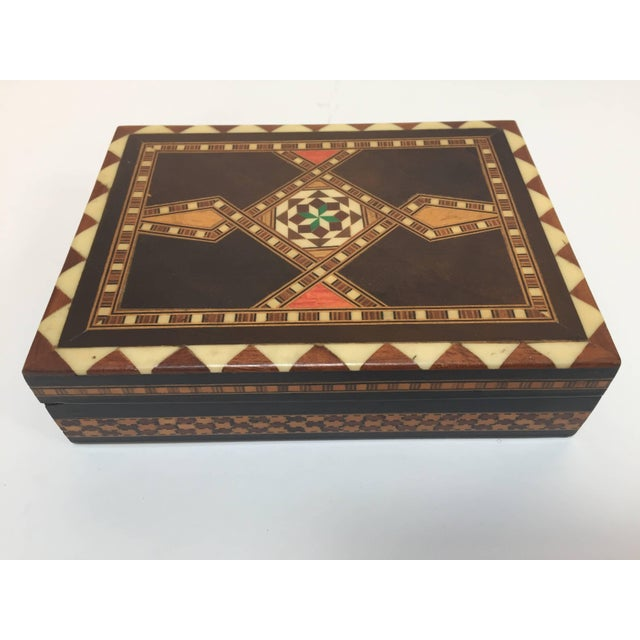 Wood Middle Eastern Syrian Inlaid Marquetry Mosaic Box For Sale - Image 7 of 7