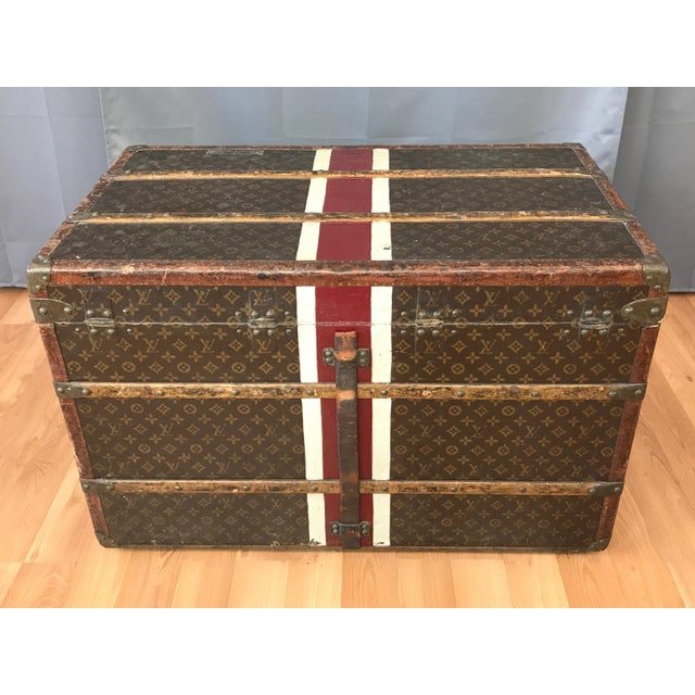 1950s 1950s Louis Vuitton Monogram Lady's Steamer Trunk For Sale - Image 5 of 13