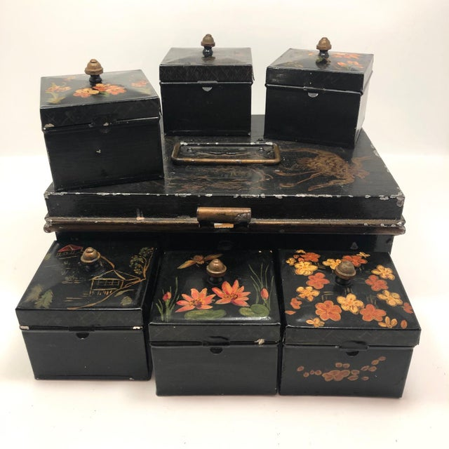 Various Artists Tole Painted Asian-Themed Antique Tin Spice Box With Six Canisters - 7 Pieces For Sale - Image 4 of 13