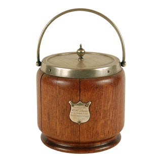 1912 English Oak Biscuit Barrel With a Engraved Badge For Sale