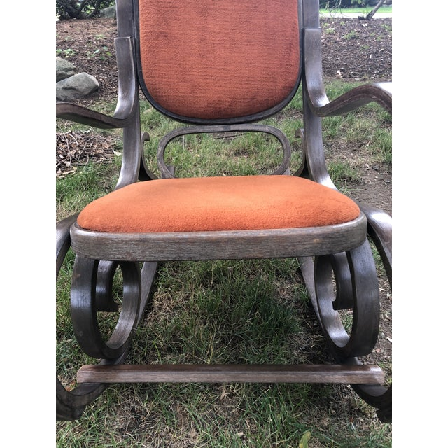 Wood 1950s Vintage Thonet Style Brentwood Rocking Chair For Sale - Image 7 of 10