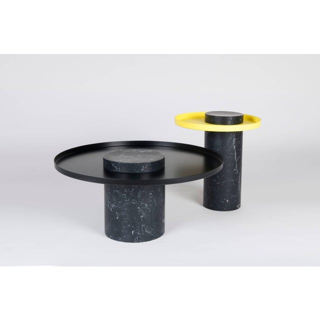 Salute is a family of Gueridon tables. Each element can be used alone (coee table, occasional table) or combined together...