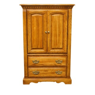 "20th Century Traditional Bassett Furniture Solid Oak 38"" Door Chest For Sale"