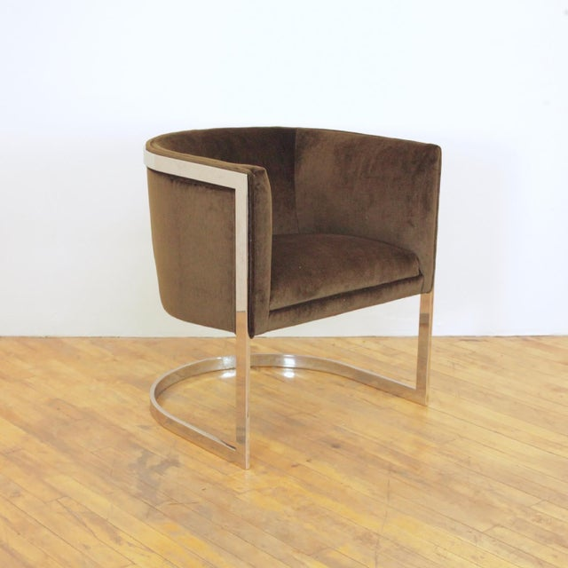 Mid-Century Modern 1970s Vintage Metropolitan Barrel Lounge Chairs - a Pair For Sale - Image 3 of 11