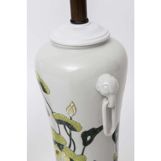 1960s Japanese Porcelain Lotus Flower Vase Form Table Lamps - Image 7 of 9