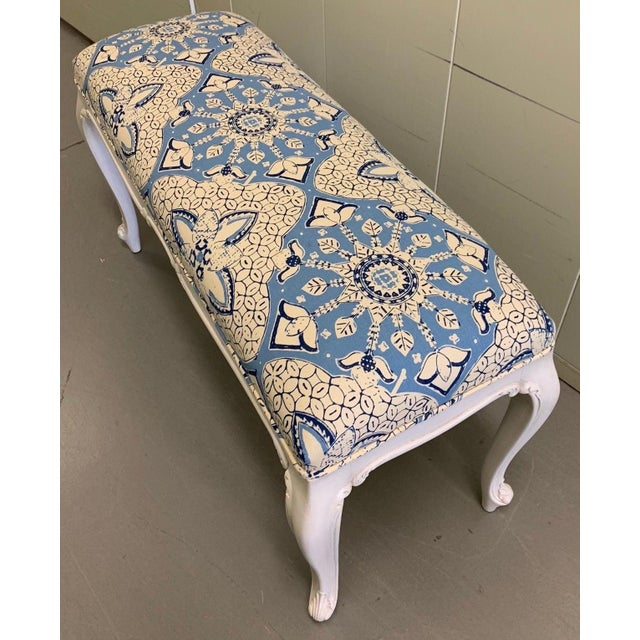 White French Bench Newly Upholstered in Quadrille Fabric For Sale In New York - Image 6 of 7