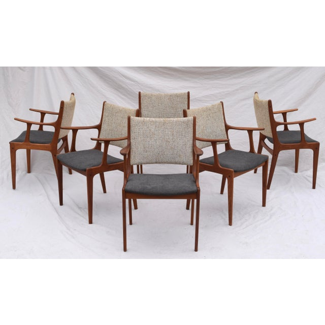 Danish Modern Dining Chairs by Johannes Andersen- Set of 6 For Sale - Image 11 of 11