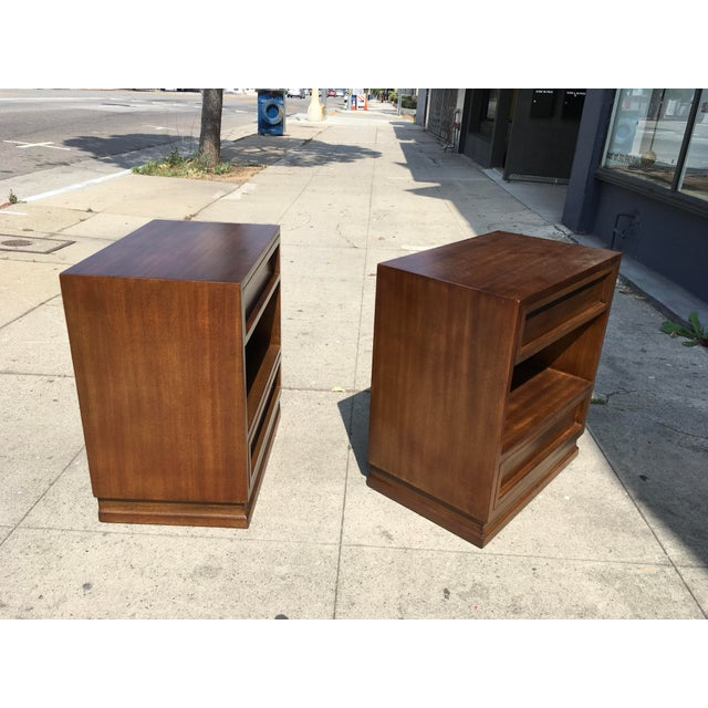 Wood 1950s Mid Century Modern Triangle Brand Mahogany Nightstands - a Pair For Sale - Image 7 of 11
