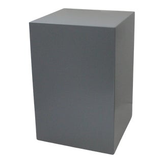 """Modern Low 18"""" Pedestal in Wood With Medium Glossy Gray Paint For Sale"""