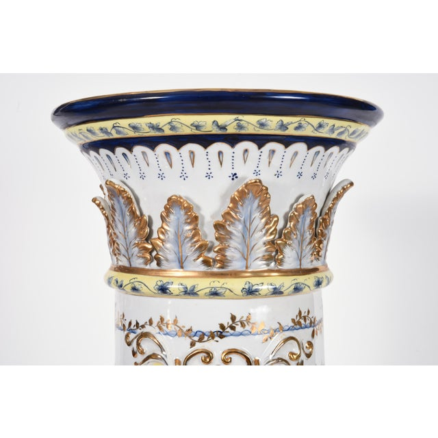 French Neoclassical Style Porcelain Plant Stand With Cache Pot - 2 Pc. Set For Sale In New York - Image 6 of 13