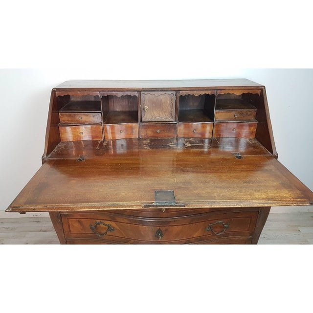 18th Century Italian Louis XV Walnut Chest of Drawers With Secretarie For Sale - Image 12 of 13