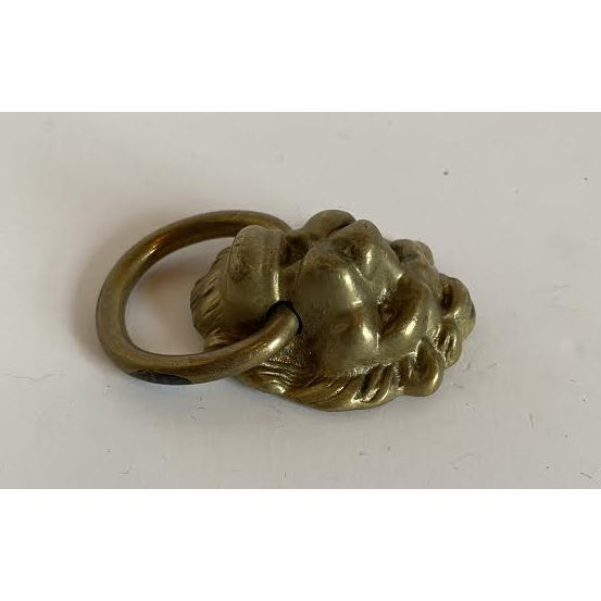1920s Victorian Cast Brass Lion Head Single Hole Drop Pulls - a Pair For Sale - Image 4 of 6