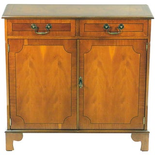 1960s English Traditional Yew Wood Small Narrow Side Cabinet For Sale