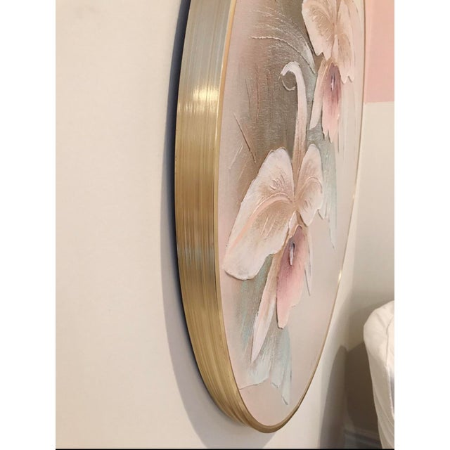 Lee Reynolds 1980s Art Deco Revival Floral Round Oil Painting, Framed For Sale - Image 4 of 6