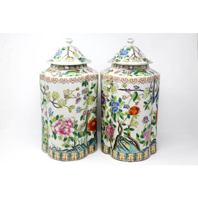 Vintage Hand-Painted Scalloped Ginger Jars With Peacocks and Flowers - a Pair For Sale In Tampa - Image 6 of 11