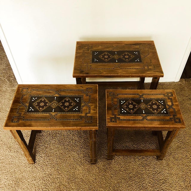 Islamic 1990s Mosaic Inlay Syrian Walnut Nesting Tables - Set of 3 For Sale - Image 3 of 7